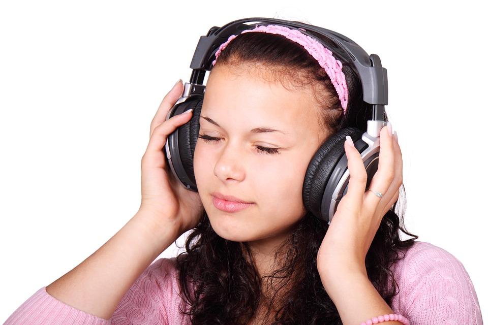 El beneficio de la música para los niños con autismo